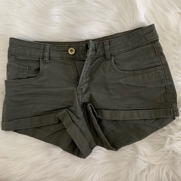 H&M Army Green shorts size 2